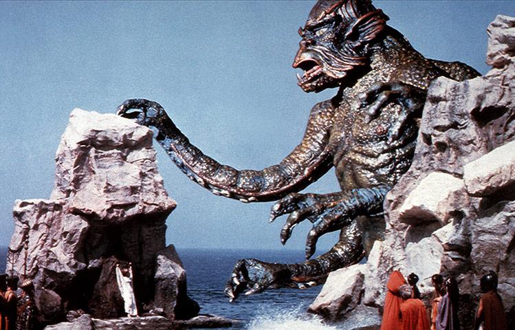 Meressä asusteleva Godzilla on karmiva ilmestys.