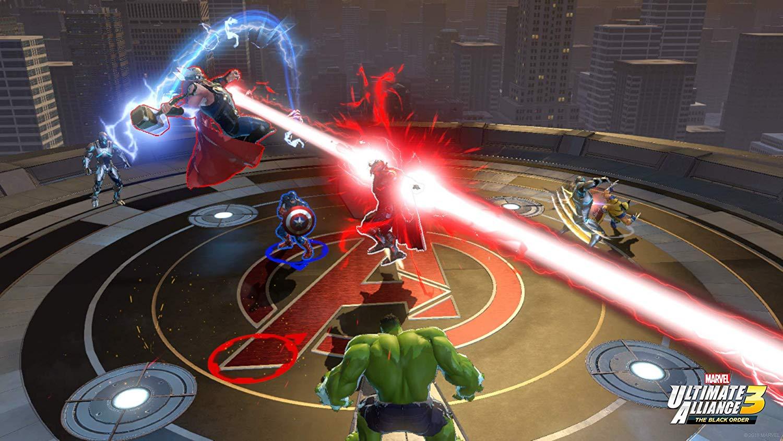 Thor, Kapteeni Amerikka ja Hulk kohtaavat pahiksen.