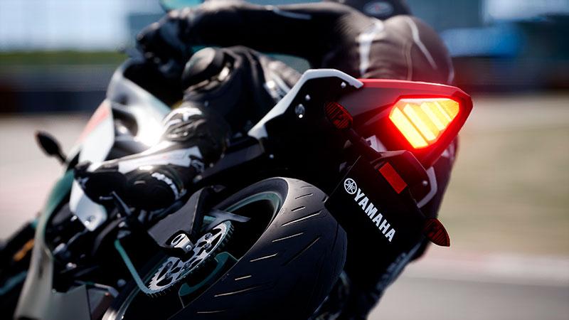 Ride 4:n valokuvatilalla otettu kuva moottoripyörästä.